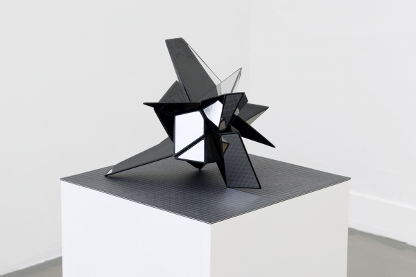 2009, 40 x 40 x 40 cm, resins, stainless steel